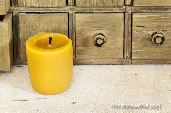 bee-wax-candle