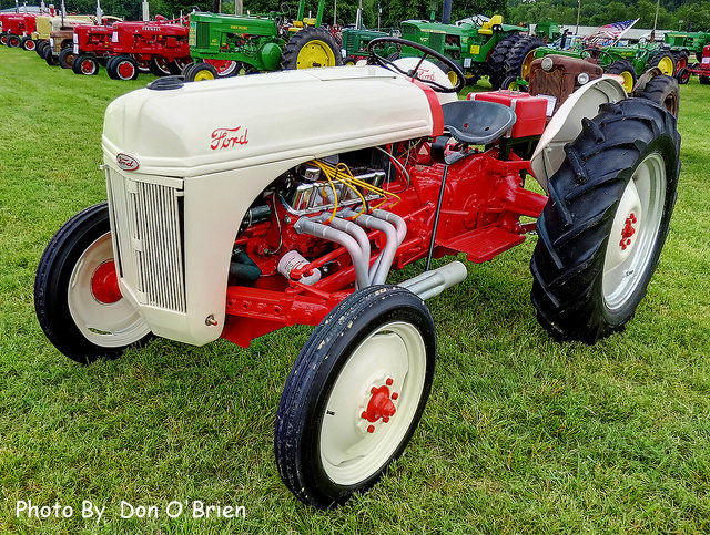 1948 Ford 8N with V8 Engine
